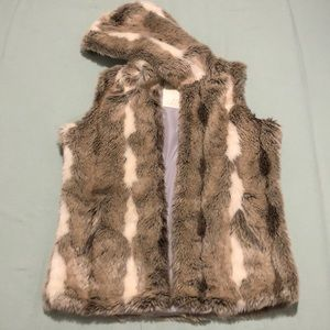 Used Faux Fur Aeropostale Sleeveless Vest